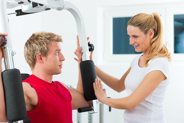 Paciente na fisioterapia Foto Premium