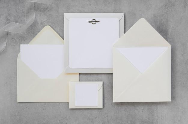 Pacote de convite de casamento vazio Foto gratuita