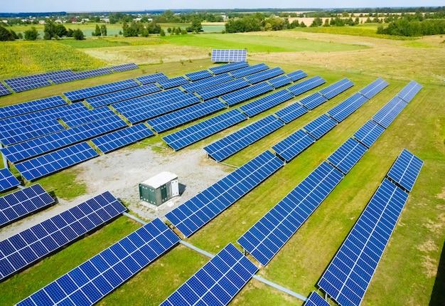 Painéis de energia solar Foto Premium