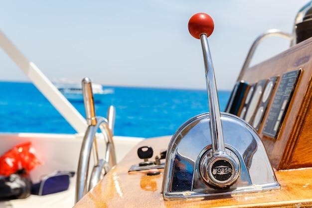 Painel de controle de navios náuticos Foto Premium