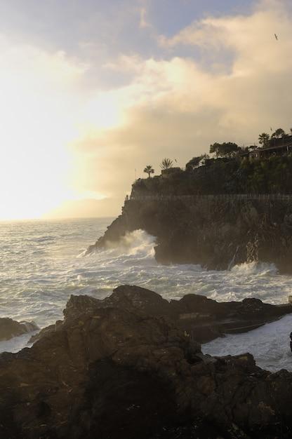 Paisagem da costa perto de manarola, cinque terre, itália Foto Premium
