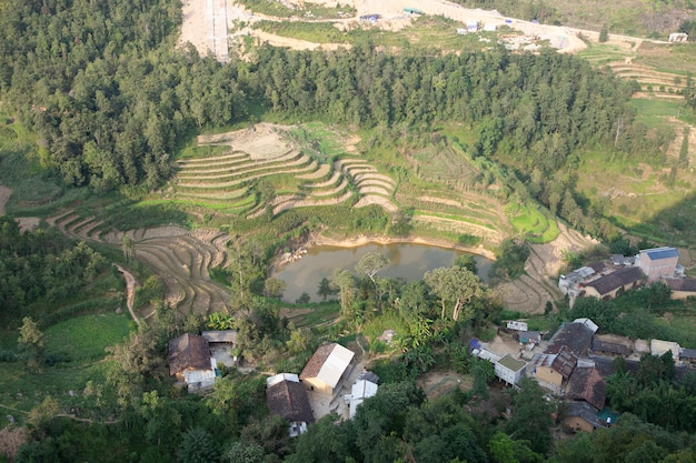 Paisagem de montanhas majestosas da natureza em ha giang, vietnã Foto Premium