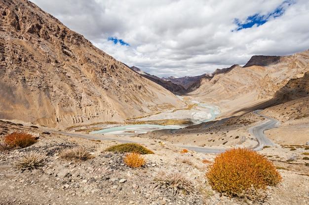 Paisagem do himalaia Foto Premium