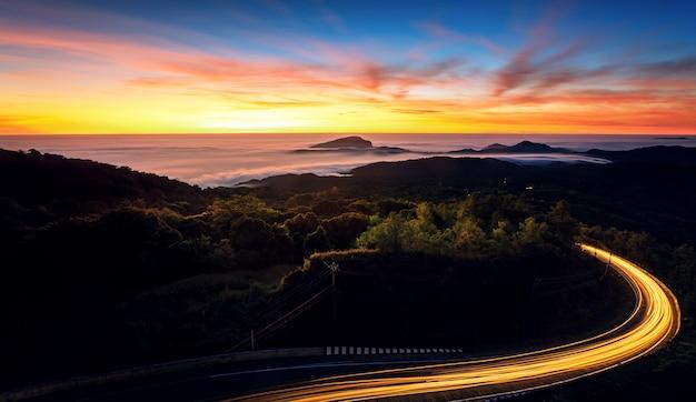Paisagem do parque nacional doi inthanon Foto Premium