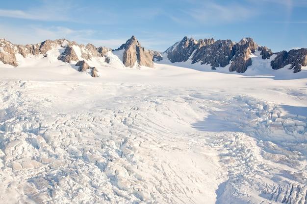 Paisagem inverno, cozinheiro montanha, nova zelândia Foto Premium