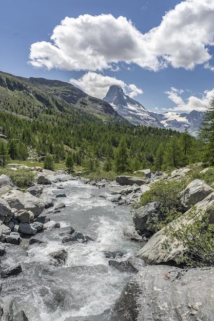 Paisagem montanhosa em zermatt, suíça Foto gratuita