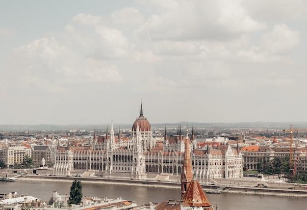 Paisagem urbana de budapeste Foto gratuita