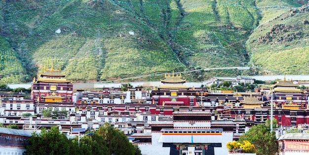 Palácio de potala no tibete Foto Premium