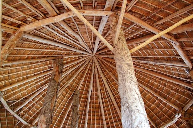 Palapa de cabana telhado de sol tradicional wiev de cima Foto Premium