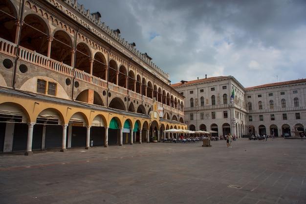 Palazzo della ragione Foto Premium