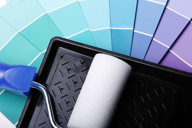 Paleta de cores, catálogo ou esquema e rolo Foto gratuita