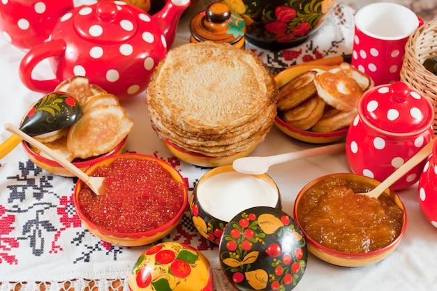 Pancake durante shrovetide Foto gratuita
