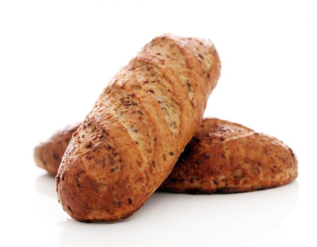 Pão crocante caseiro com grãos Foto gratuita