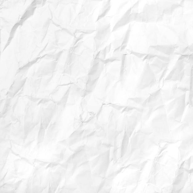 Papel branco amassado Foto gratuita