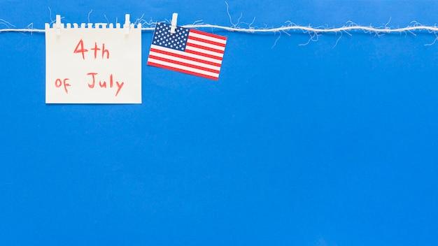 Papel com mensagem para o dia da independência Foto gratuita