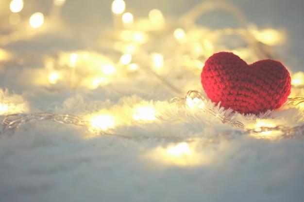 Papel de parede bonito do dia do símbolo do amor brilhante Foto gratuita