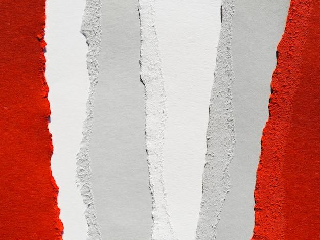 Papel rasgado vertical Foto gratuita