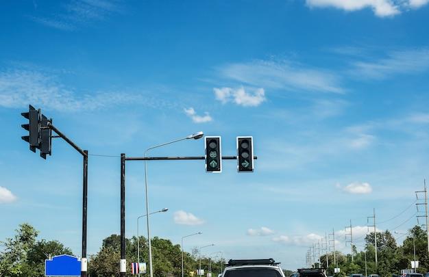 Pare de esperar por luzes vermelhas no trânsito Foto Premium