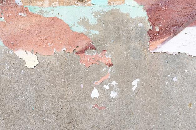 Parede áspera de cimento com casca Foto gratuita