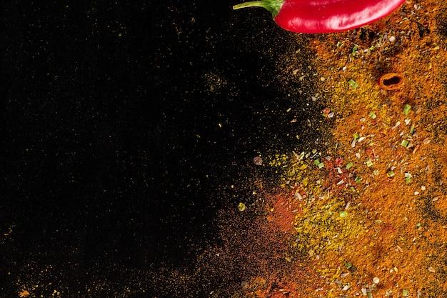 Parede de especiarias curry Foto gratuita