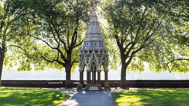 Park bower alcove outdoors cross concept Foto gratuita