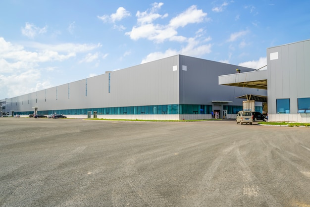 Parque industrial, fábrica de construção, armazém Foto gratuita