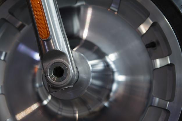 Parte de uma roda de moto close-up Foto Premium