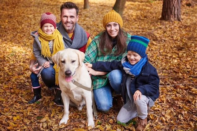 Passar algum tempo de qualidade com a família Foto gratuita