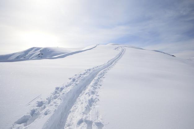 Passeio de esqui Foto Premium
