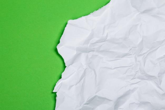 Pedaço de papel amassado Foto Premium