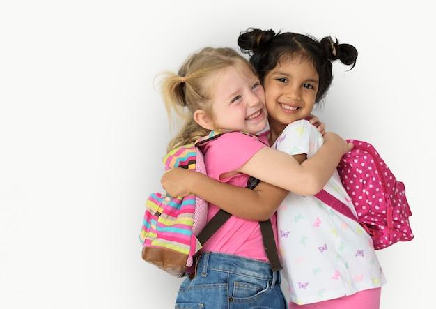 Pequena menina crianças sorrindo felicidade amizade Foto Premium