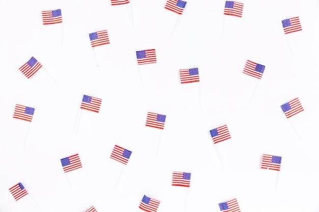 Pequenos banners com imagem da bandeira americana Foto gratuita