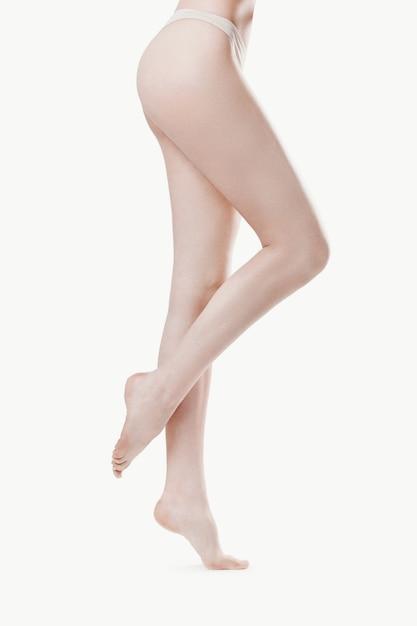 Pernas de mulher bonita Foto gratuita