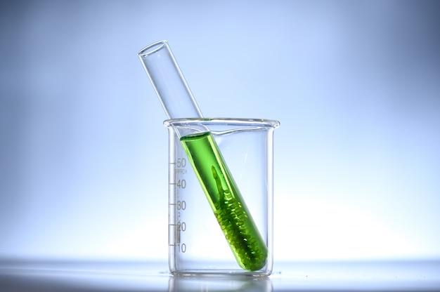 Pesquisa de algas algas, ciência da indústria de biocombustíveis Foto Premium