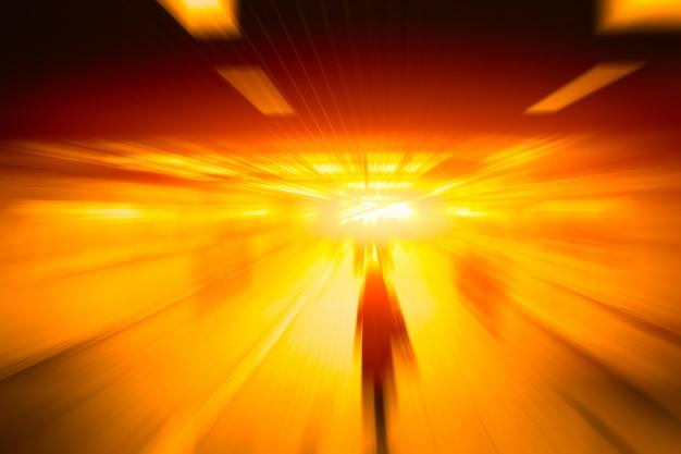 Pessoas de negócios de alta velocidade de borrão avançar conceito em movimento rápido Foto Premium