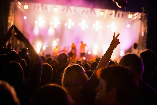 Pessoas em um festival Foto gratuita