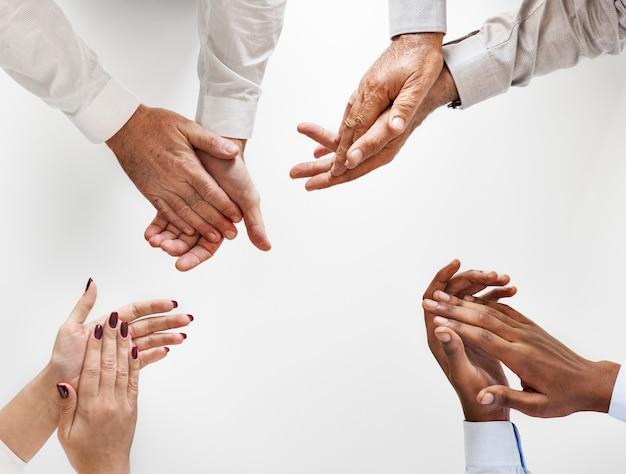 Pessoas negócio, palmas mãos, junto Foto gratuita