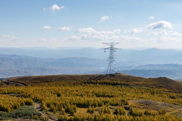 Pilão de energia de torre de transmissão elétrica de alta tensão Foto Premium