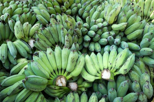 Pilha de bananas para consumo. Foto Premium