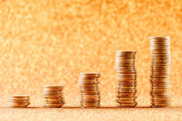 Pilhas de moedas de cobre Foto Premium