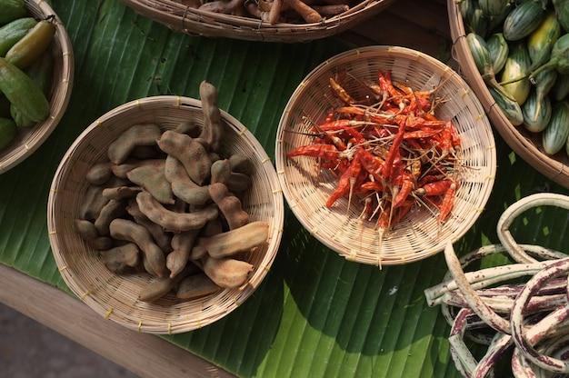 Pimenta vermelha seca e tamarindo suave Foto Premium
