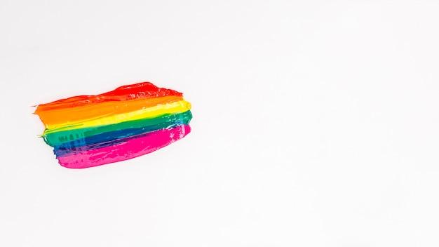 Pinceladas multicoloridas em fundo branco Foto gratuita