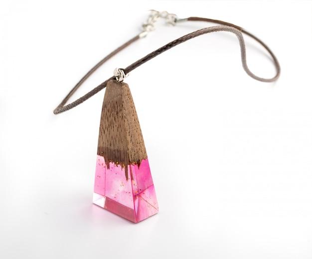 Pingente de jóias com cristal rosa Foto Premium