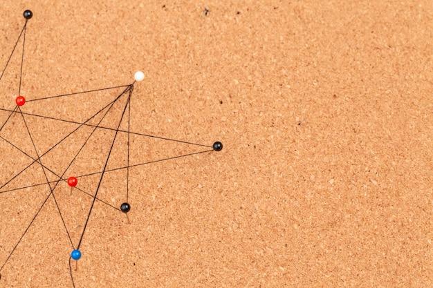 Pinos conectados criando uma rede Foto Premium