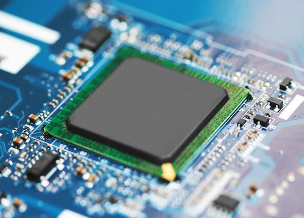 Placa de circuito eletrônico com processador Foto Premium