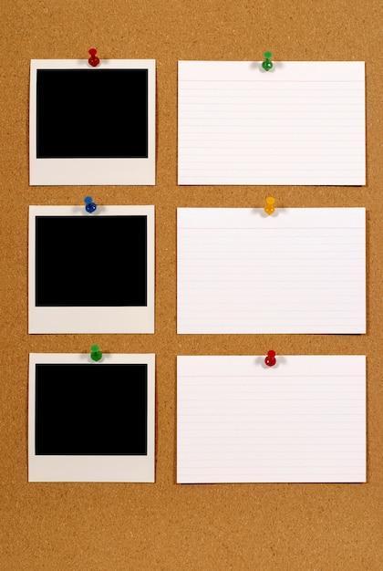 Placa de observação com fotos polaroid Foto gratuita