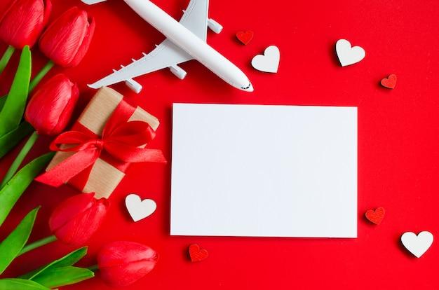 Planejamento de viagem no plano de fundo dia dos namorados Foto Premium