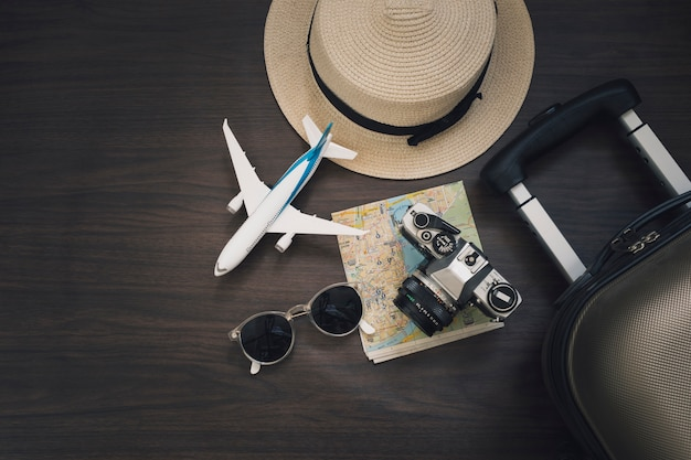 plano de brinquedo perto de estoques de viagem 23 2147746341 - Seguro viagem: devo ou não contratar?