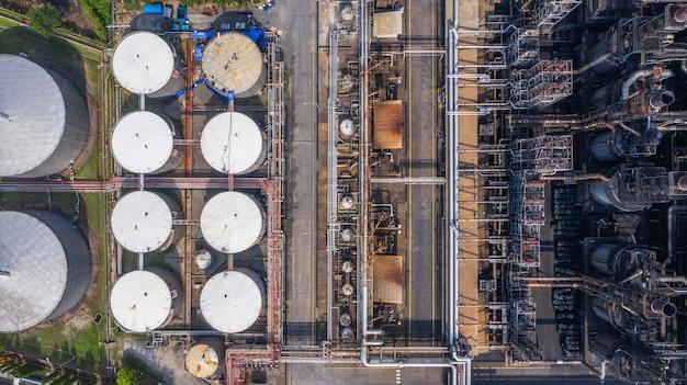 Planta petroquímica da vista aérea, fábrica da refinaria de petróleo. Foto Premium