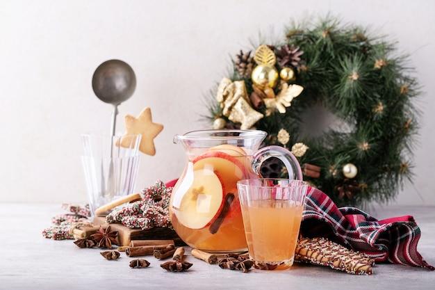 Ponche de maçã feito em casa Foto Premium